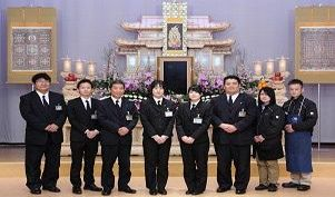Funeral main resize0118